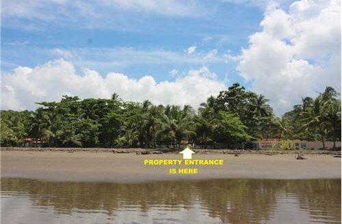 Totally Beachfront Titled Lot in Jaco